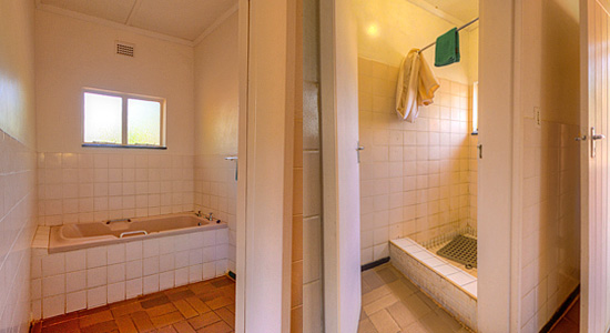 Rest Huts Communal Bathroom Mkhuze Game Reserve Mantuma Camp Self-Catering Accommodation